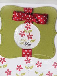 Bunnylove flowercardclose